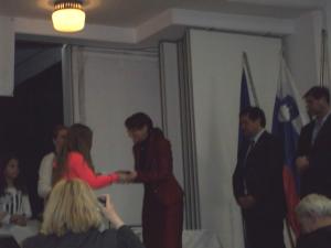 Nagrajenki je priznanje izročila ministrica za obrambo